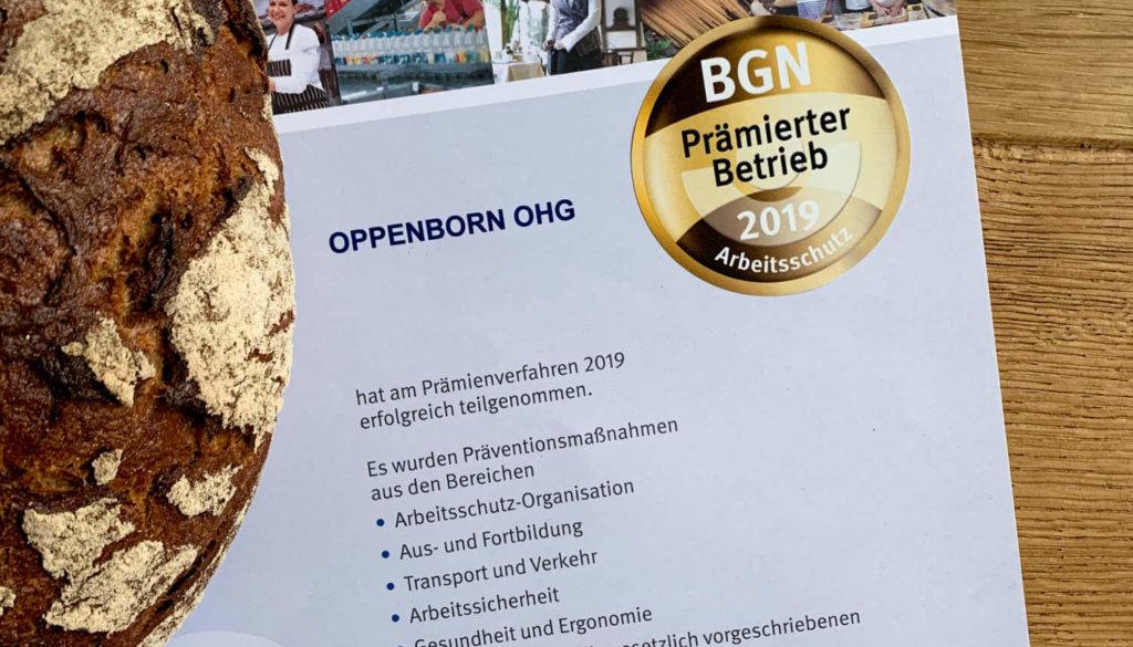 Urkunde der Berufsgenossenschaft und Brot
