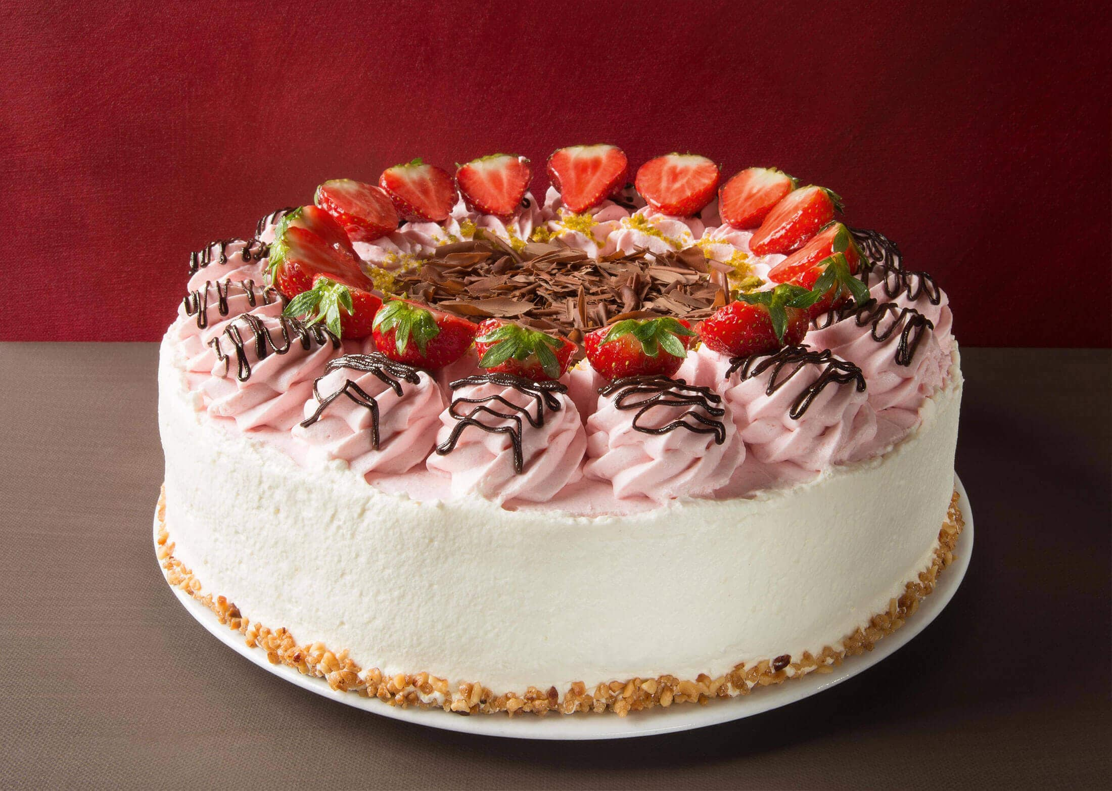 Monatstorte Mai & Juli – Erdbeer-Sahne-Torte