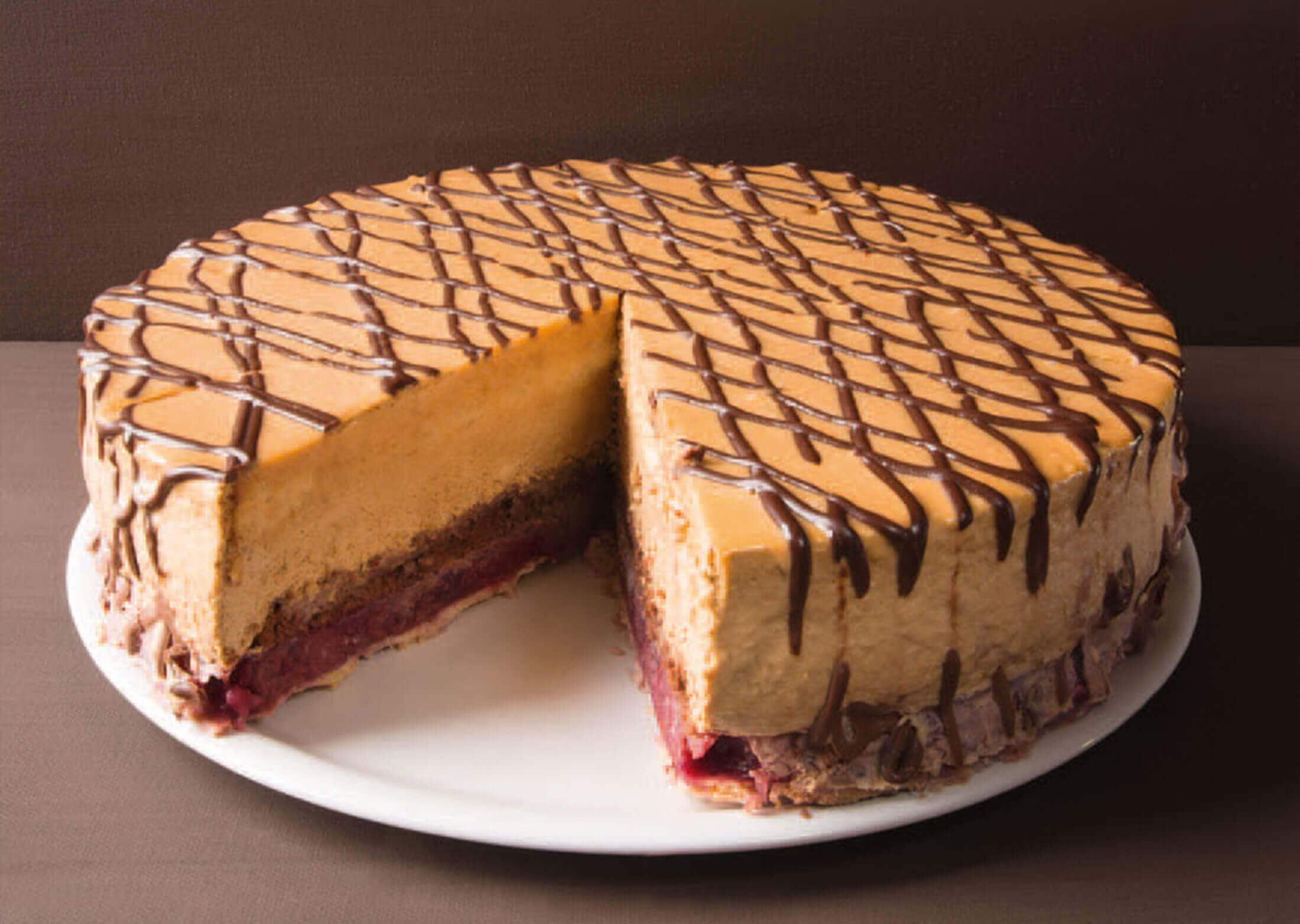 Monatstorte Oktober – Kirsch-Karamell-Torte